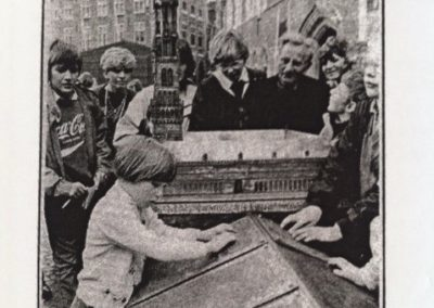 Onthulling braillemaquette Belfort Brugge-1984