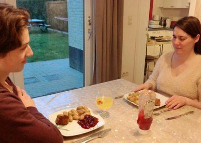 Aan tafel bij Monique Van den Abbeel