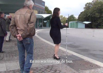 Wachten op bus